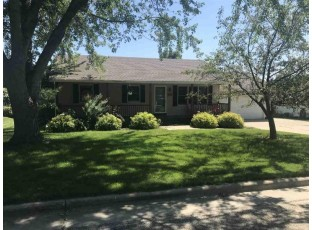 513 14th Ave Baraboo, WI 53913