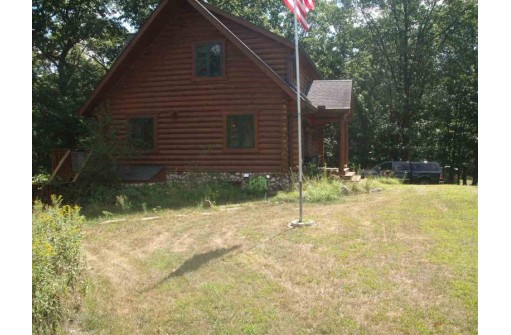 N4618 3rd Ave, Oxford, WI 53952