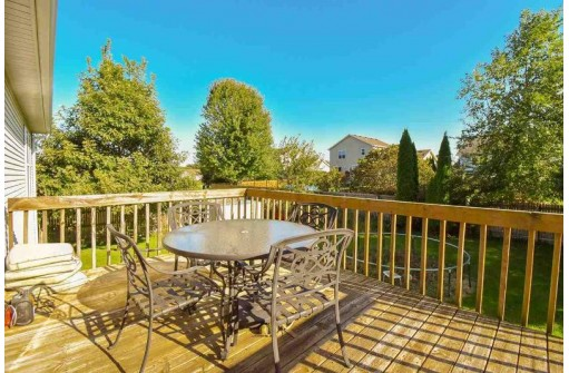 672 Windward Way, Oregon, WI 53575