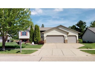 143 S Maple Ln Whitewater, WI 53190-3872