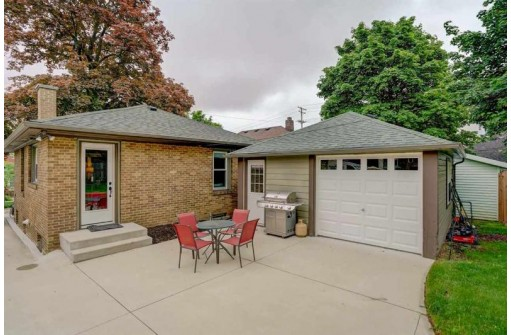 2507 Kendall Ave, Madison, WI 53705