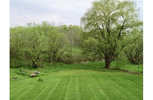 500 Watertown Rd, Lowell, WI 53557
