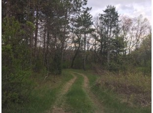 6312 1st Ave Westfield, WI 53964