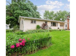 1426 East St Black Earth, WI 53515