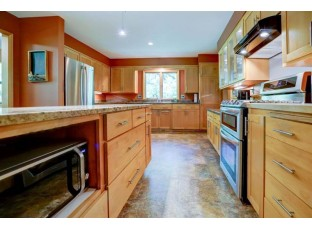 4025 Cherokee Dr Madison, WI 53711