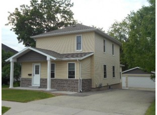 619 S Center St Beaver Dam, WI 53916