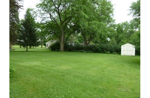 2620 E Ridge Rd, Beloit, WI 53511