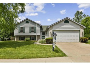 301 W Parkview St Cottage Grove, WI 53527