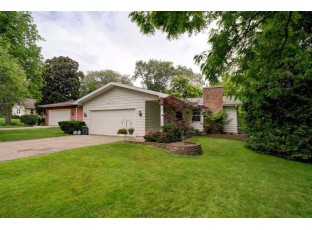 6216 Countryside Ln Madison, WI 53705