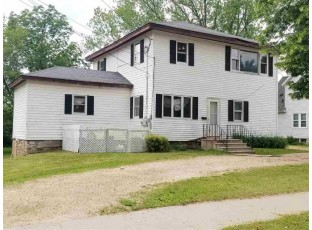529 Division St Mauston, WI 53948