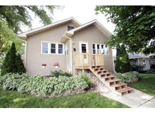 330 W Fountain St Dodgeville, WI 53533