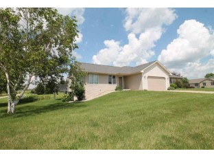 3925 Curry Ln Janesville, WI 53546