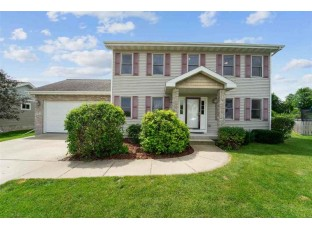 9 Country Glen Cir Madison, WI 53719