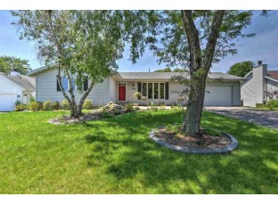 2526 Scenic Ridge Dr Madison, WI 53719