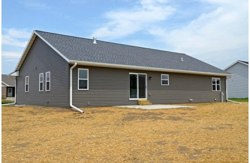 1510 21st St, Baraboo, WI 53913