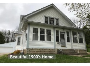 134 Hill St Darlington, WI 53530