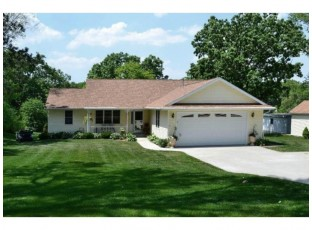 9249 N Arrowhead Shores Rd Edgerton, WI 53534