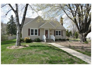 580 Glen Dr Madison, WI 53711