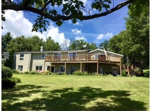 S3178 Lake Shore Rd Reedsburg, WI 53959