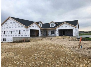 256 Eagle Dr Oregon, WI 53575