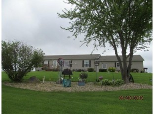 6400 Aide Rd Muscoda, WI 53573