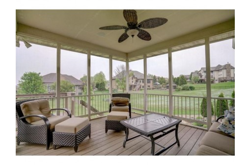 1149 Winged Foot Dr, Oregon, WI 53575