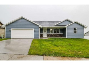 1620 Berry Hill Ct Baraboo, WI 53913