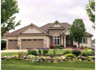 2118 Peaceful Valley Pky Waunakee, WI 53597