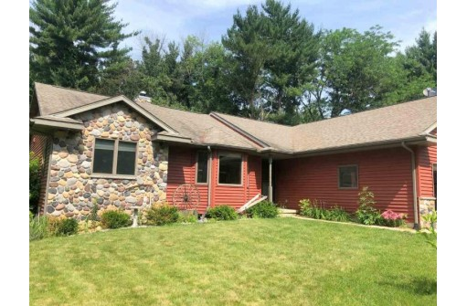 N6249 Pine Haven Rd, Albany, WI 53502