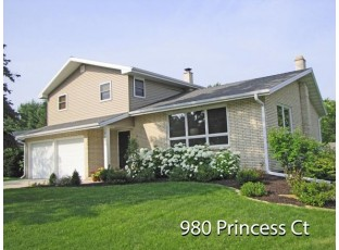 980 Princess Ct Platteville, WI 53818