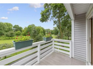 7415 Tree Ln Madison, WI 53717