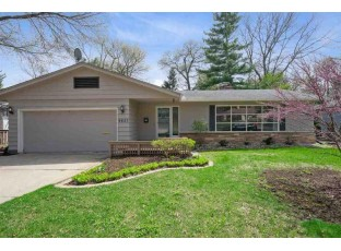 4825 Woodburn Dr Madison, WI 53711