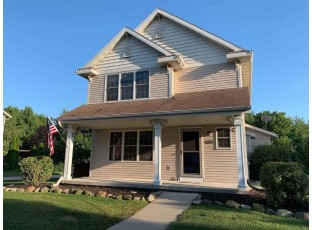 1271 Gas Light Dr Sun Prairie, WI 53590