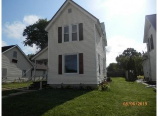 427 S Main St Richland Center, WI 53581