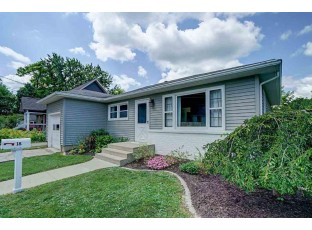 18 Anzinger Ct Madison, WI 53704