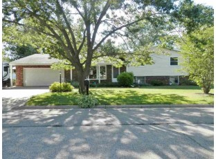 2005 Hollister Ave Tomah, WI 54660