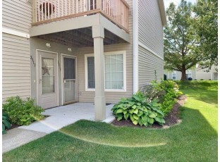 2315 Turnberry Ct Beloit, WI 53511