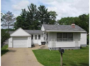 660 S James St Richland Center, WI 53581