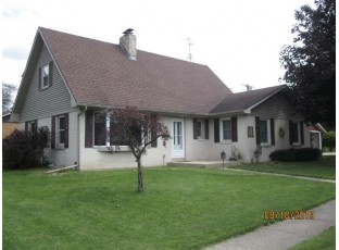 824 Monroe St Fort Atkinson, WI 53538