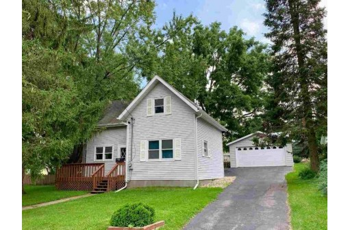 266 State St, Oregon, WI 53575