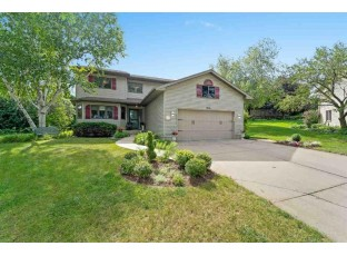 3705 Spring Hill Ct Middleton, WI 53562