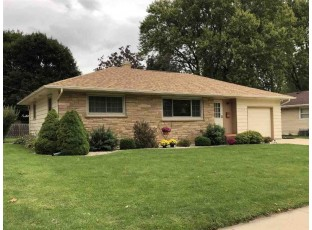 1028 N Randall Ave Janesville, WI 53545-1964
