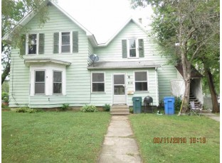 612-614 7th Ave Baraboo, WI 53913
