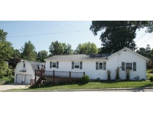 825 Fountain St Mineral Point, WI 53565