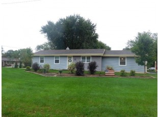 906 Norwood Rd Janesville, WI 53545
