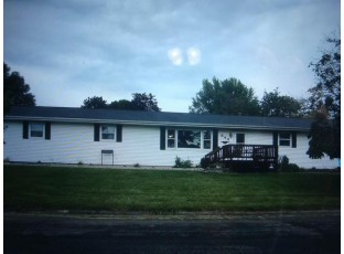 844 E Valley Ct Lancaster, WI 53813