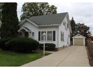21 S Clear Lake Ave Milton, WI 53563