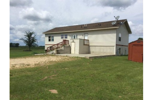 W5282 Weidling Dr, Mauston, WI 53948