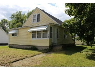 321 Washington St Portage, WI 53901