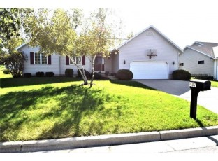 407 Old Indian Tr DeForest, WI 53532